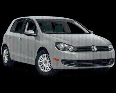 Pre-Owned 2014 Volkswagen Golf 2.5L FWD 4D Hatchback