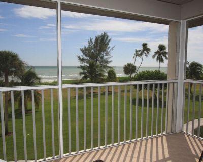 Beachfront 2BR Gulf View Casa Ybel Condo + Amenities - Sanibel