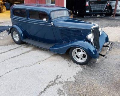 1934 Ford Sedan 2-door All-Steel Chopped Original Restored Sedan V8-8