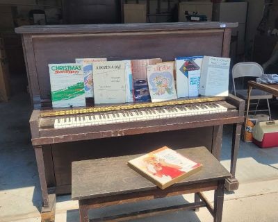 Vintage piano with bench-must pick up