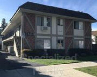 14718 Sylvan St #104, Los Angeles, CA 91411 1 Bedroom Condo