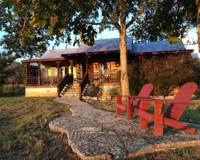 Private Luxury and Incredible Views just 5 Minutes from Downtown Frederickbsurg - Fredericksburg