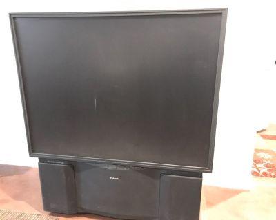 Free Toshiba Big Screen Projection TV