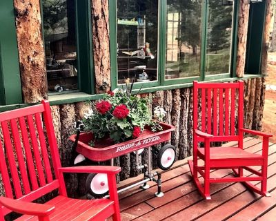 Beautiful Narnia on Pikes Peak - Your adventure begins here! - Green Mountain Falls