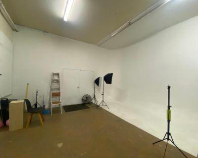 Photo Studio & CYC wall Downtown, Richmond, VA