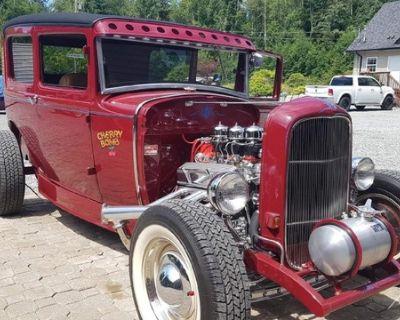 1931 Ford Model A Sedan Chopped Hi-Boy