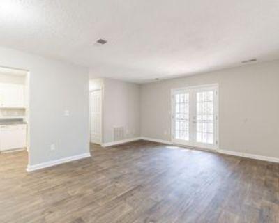 3603 Woodbriar Cir, Tucker, GA 30084 1 Bedroom Condo