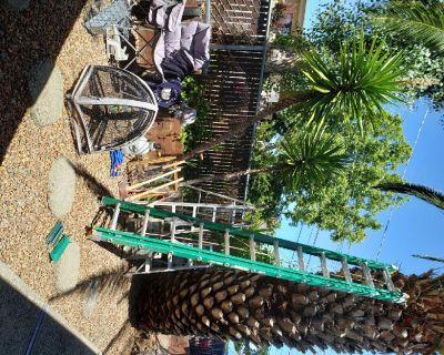 Ladder construction type Fiberglass light weight 24 feet.
