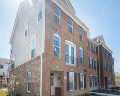 2822 Purley Ave, Ann Arbor, MI 48105 4 Bedroom Condo