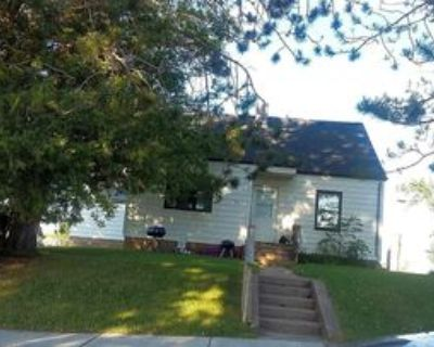 101 8th Ave #Unit A, Bovey, MN 55709 3 Bedroom Apartment