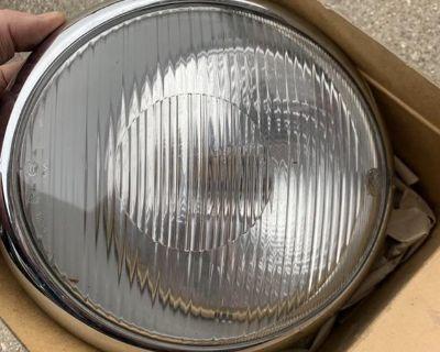 NOS Bosch Euro Right Headlight 55-60