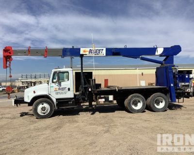 National Crane 600C Straight Boom on 2000 Freightliner FL80 6x4 T/A Truck
