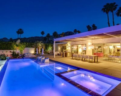 Fabulous home w/ a private pool, pool spa, firepit, & sweeping city views - Thunderbird Heights