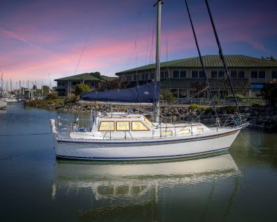 2000 Tayana Vancouver 32 Pilothouse Cutter