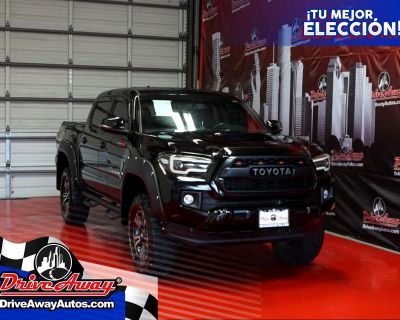 2017 Toyota Tacoma TRD Off Road Double Cab 5' Bed V6 4x2 AT (Natl)