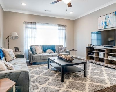Homey Modern Townhouse l Convenient to City l Internet Included - Atlanta