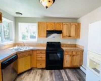 2528 Tremont St #1, Colorado Springs, CO 80907 3 Bedroom Apartment
