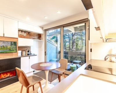 NEW Listing! Modern Hotel-style Studio - Timber Creek Lodge #210 - Truckee