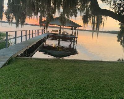 Lake Josephine Getaway - Highlands County