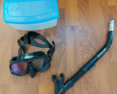 SEADIVE snorkel and mask