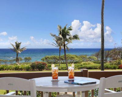 Kaha Lani 210: Updated, Beachfront, Oceanview, King Bed - Lihue