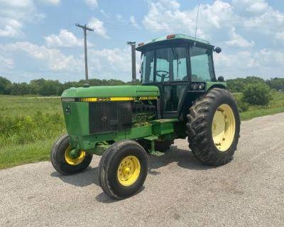 2955 John Deere Tractor with cab