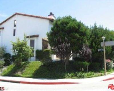 1541 Palisades Dr #1, Los Angeles, CA 90272 2 Bedroom Condo