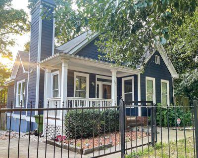 Adorable Cottage! Mins from GA Tech, Midtown, Mercedes Stadium, GWCC, Downtown - Atlanta
