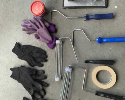 Gloves, paint rollers, lot