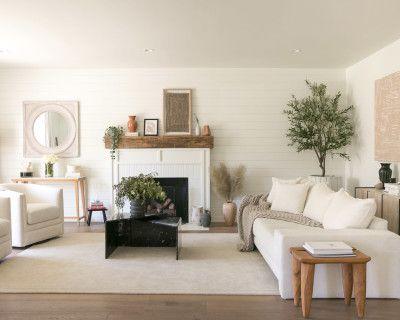 Bright Airy + Contemporary Open Floor Plan Home, Los Angeles, CA