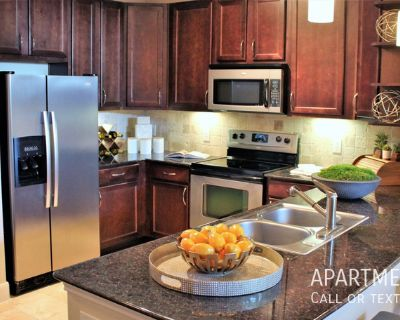 Right where you want to be and at the right price! luxury apartments in Montrose