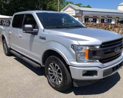 2019 Ford F-150 XLT 302A V8 XLT SPORT PACKAGE 36 GALLON TANK