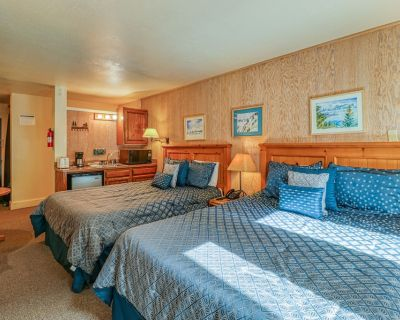 Rustic suite in the heart of Northstar w/ easy access to lifts & hiking! - Truckee