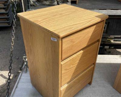 3 drawer oak nightstands