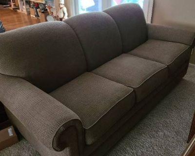 L & L Family Estate Sales Amazing Online Auction Featuring La-Z-Boy & Bassette Furniture, Collectabl
