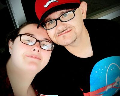 Engaged couple looking for Room ASAP