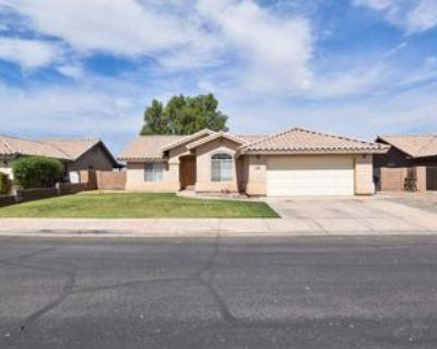 2934 S 48th Way, Yuma, AZ 85364 3 Bedroom Apartment