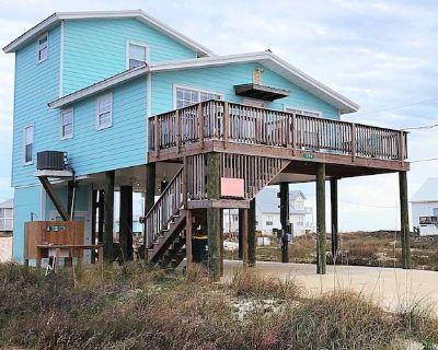 Flip Flop Inn! 3BR, PET FRIENDLY, sleeps 9. SUMMER 2022 DECEMBER & JANUARY OPEN! - Fort Morgan