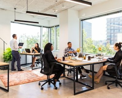 Team Office for 4 at Industrious Atlanta Monarch Tower
