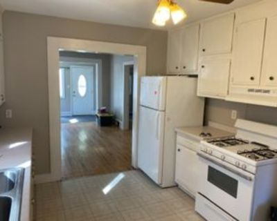 2322 5th Ave W #1, Hibbing, MN 55746 2 Bedroom Condo