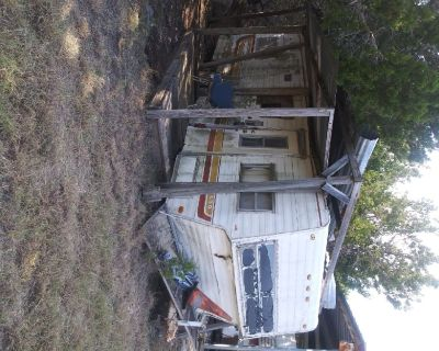 Free travel trailers (3)