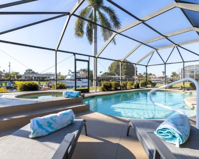 BRAND NEW Villa with Heated Pool & Spa - Sea Glass Cottage - Roelens Vacations - Yacht Club