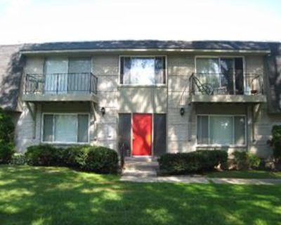 19840 W 12 Mile Rd #41, Southfield, MI 48076 2 Bedroom Condo