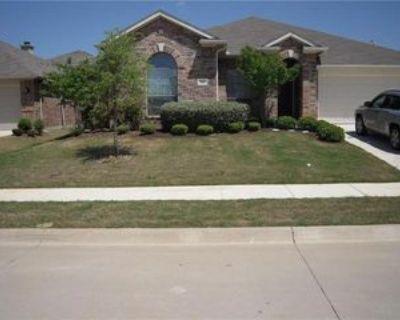 504 Crown Oaks Dr, Fort Worth, TX 76131 4 Bedroom House