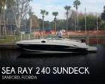 24 foot Sea Ray 240 Sundeck
