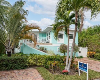 Welcome to Marilyn's Beach House Vacation Rental - 428 Palermo - Fort Myers Beach