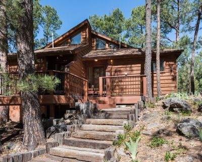 Secluded with great mountain charm, Double Shot Cabin is the perfect home base d - Alto