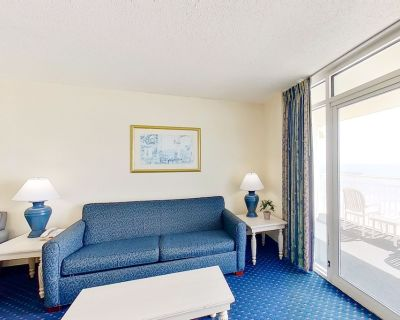 10th floor ocean view condo w/ central AC, shared pool, balcony, shared hot tub - Crescent Beach