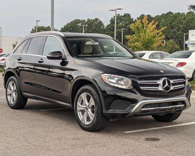 Pre-Owned 2018 Mercedes-Benz GLC 300