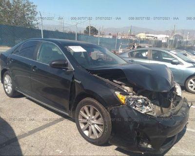 Salvage Black 2012 Toyota Camry Hybrid